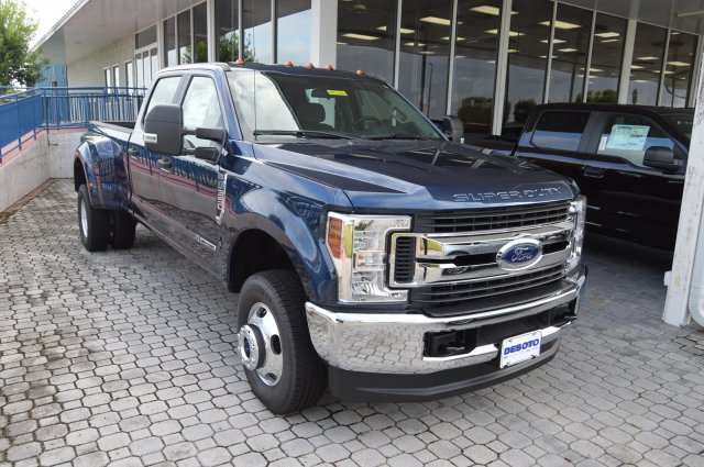 New 2019 Ford Super Duty F-350 DRW STX
