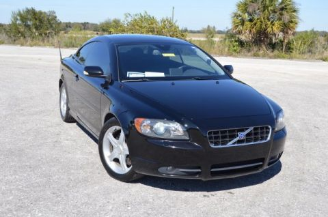 Pre-Owned 2007 Volvo C70